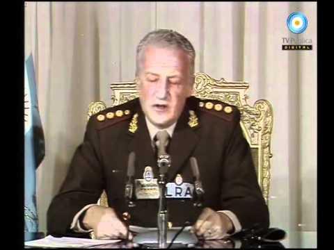 m rede nacional, Galtieri anuncia a rendição argentina na Guerra das Malvinas