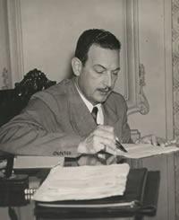 Filinto Muller foi o responsável pela repressão aos líderes da Intentona Comunista, em 1935, bem como dos integralistas, quando tentaram um golpe em 1938. Sua fidelidade não era a uma ou outra vertente ideológica, mas ao regime varguista, que protegeu acima da lei e da Justiça.