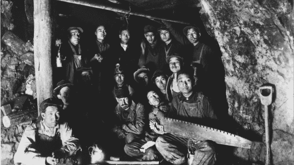 Coolies nas minas